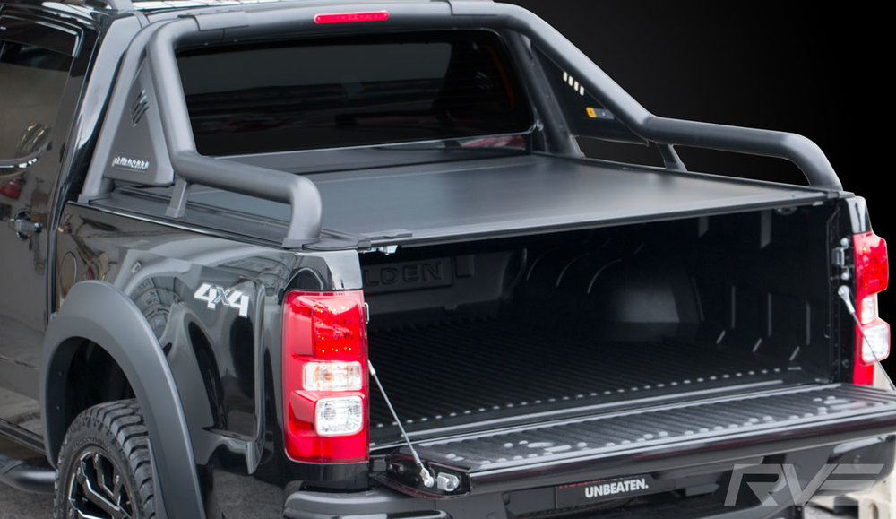 Holden Colorado with Factory Extended Sports Bar and ROC Retractable Hard-lid