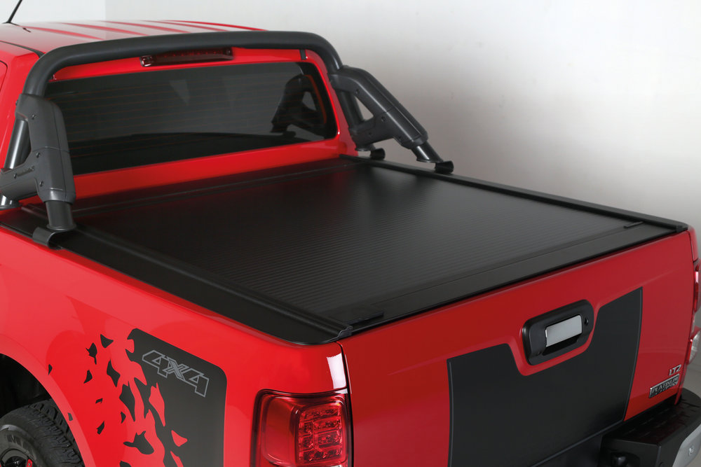 Holden Colorado with ROC Sports Bar and Retractable Hard-lid