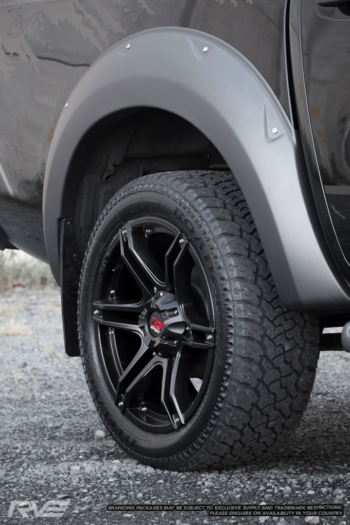 Fang – Heavy Duty 4x4 spec  Size: 20x9  Colour: Matte black, R-Sport centre cap, no inserts