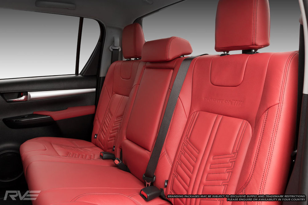 Toyota-Gladiator-Interior-2.jpg