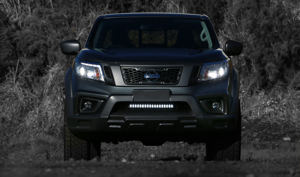 Nissan_Navara_R_sport_Granite_Front_On_Hero.jpg