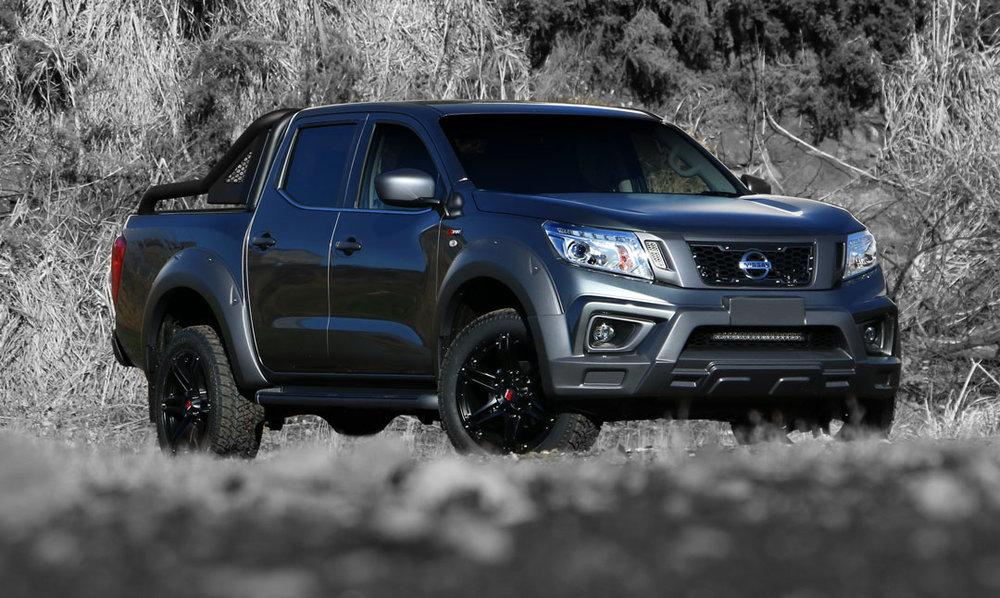Nissan_Navara_R_sport_Granite_Front_Hero.jpg
