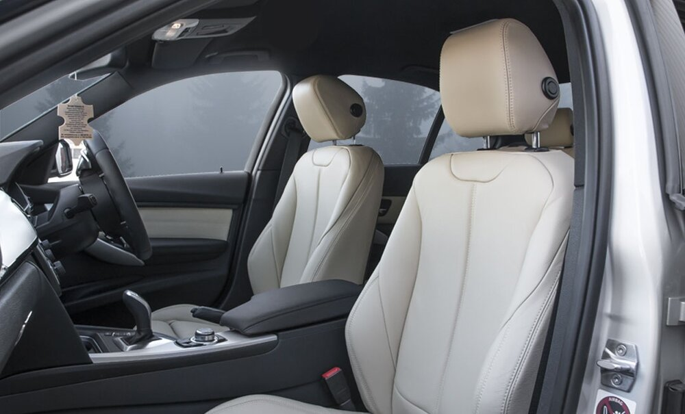 BMW-3-Series-Interior-1.jpg