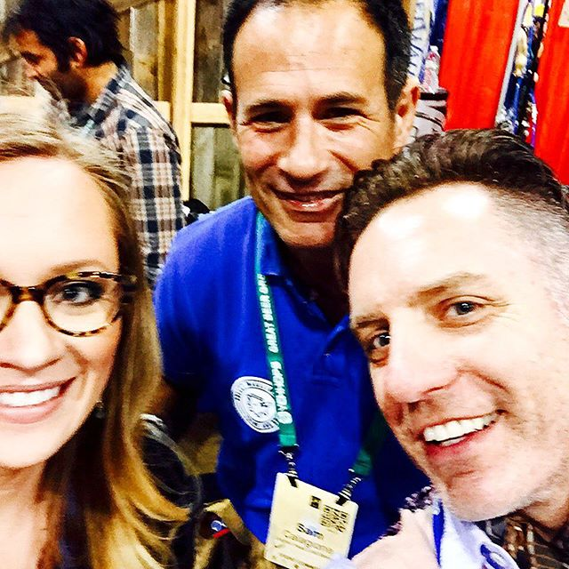 After #beeryoga, had to our Downward Facing @dogfishbeer directly from the Man. Hey #samcalagione, which #beer u gonna enter into #CBB2016? We'd love to see that new #sixtyone  compete.  #gabf #cheeryourbeer