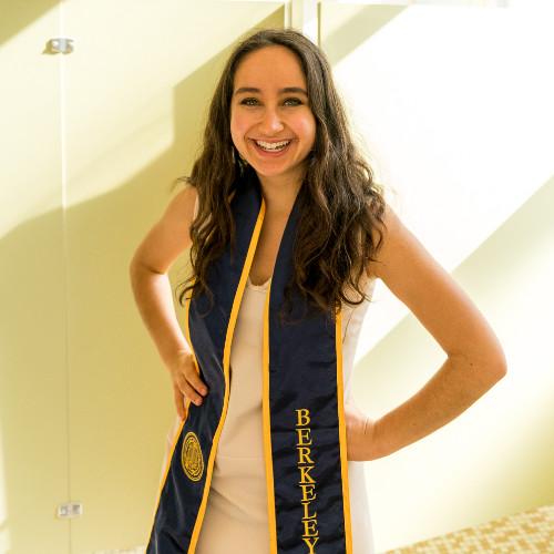 Gabija Safranavicius   Community Associate,  Reddit, Inc.