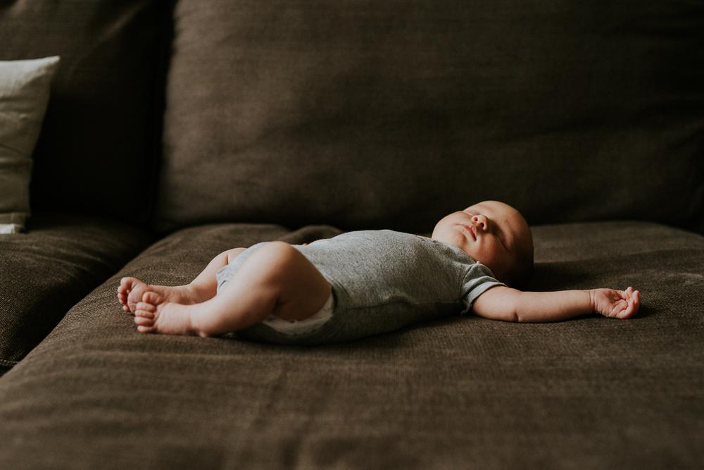 newborn _photography_desa_park-19.jpg