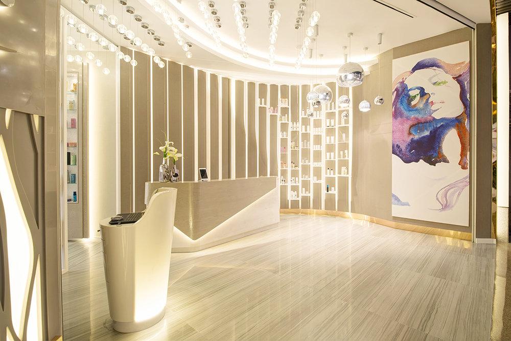 Dubai. Sisters Beauty Lounge.