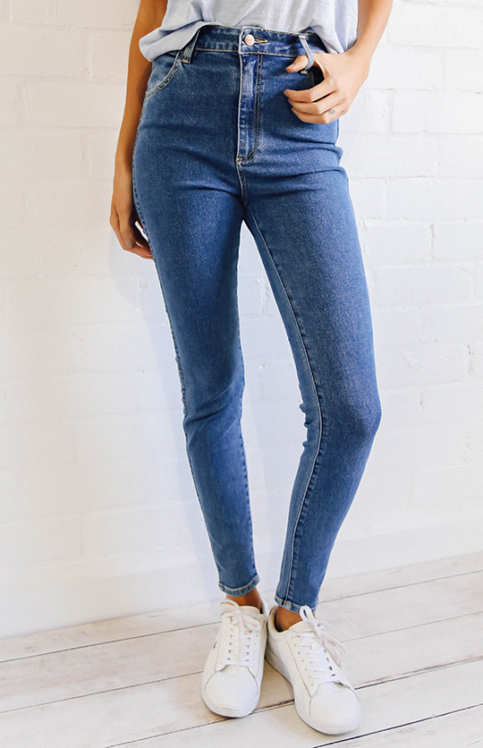 AFENDS - Benson high waisted wide-leg jeans (vintage blue).jpg