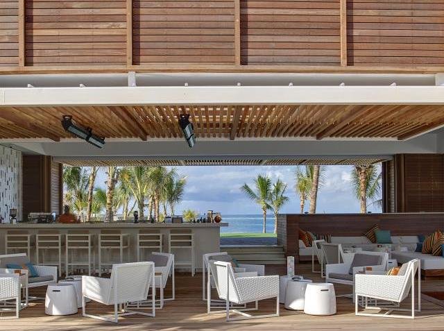 shores-bar-long-beach-mauritius
