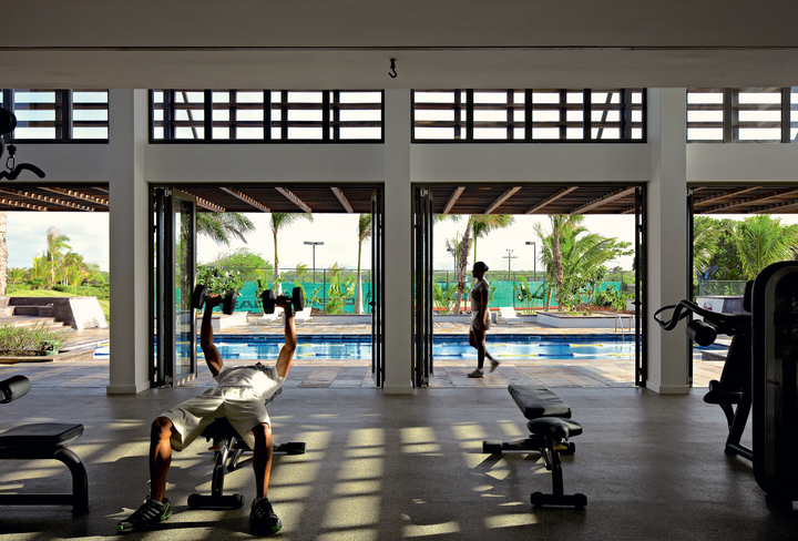 fitness-gym-mauritius-long-beach