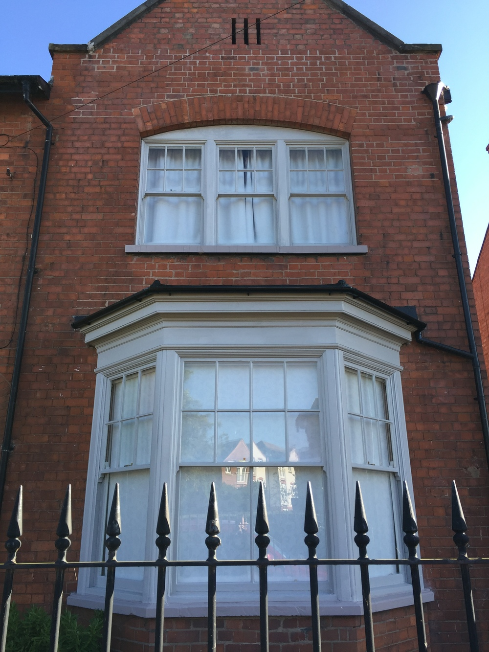 8 over 1 sash windows with condensation problems