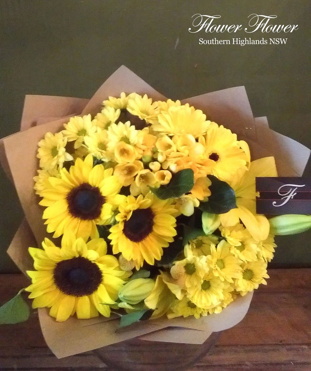 A_Sunshine_Seasonal_Yellow_and_Golden_Blooms_Cut_Flower_Bouquet_From45.jpg
