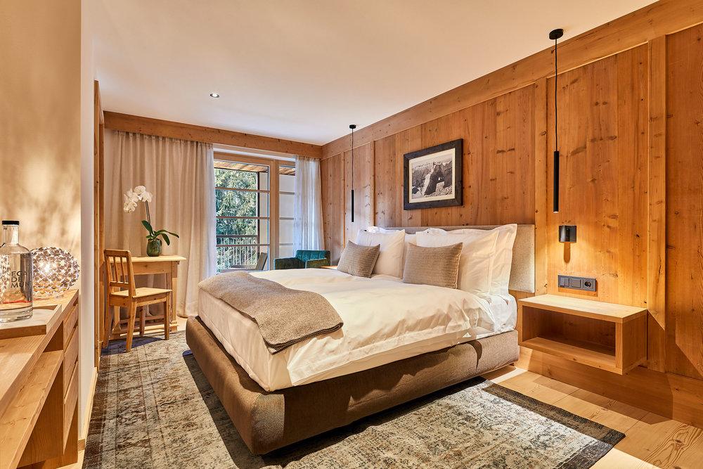 301 Bedroom.jpeg