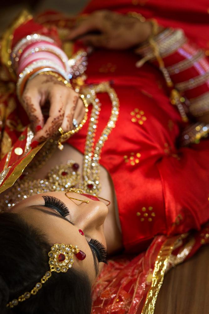 2.1.2. Sikh Wedding Day Shoot Portrait Bride - Southall Gurdwara.jpg