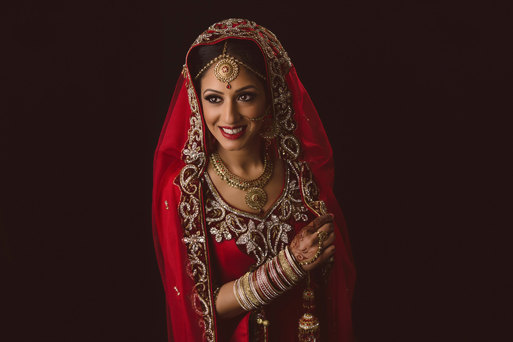 2.1.3.2 Sikh Wedding Day Shoot Portrait Bride - Hounslow Gurdwara.jpg