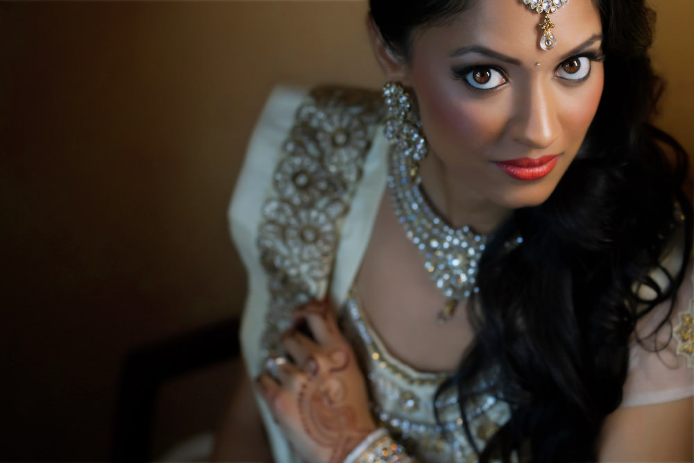 4.1.2. Gujerati Hindu Wedding Day Shoot Portrait Bride Reception - Surrey.jpg
