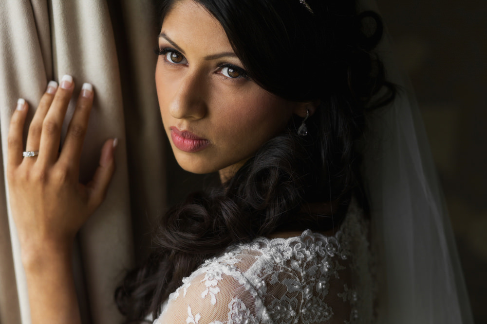 14.1.Civil Sikh Wedding Day Shoot Portrait Bride - Buckinghamshire Gold Club.jpg