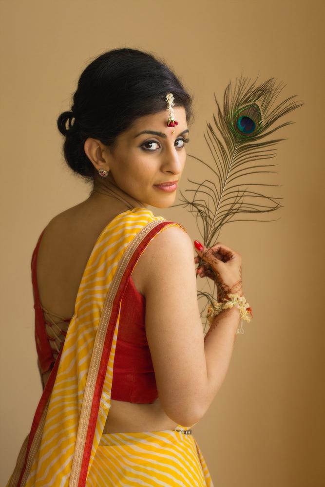 28.1. Gujerati Hindu Wedding Day Shoot Portrait Bride - Croydon.jpg