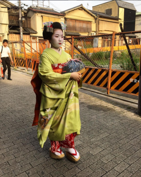 Geisha in Gion - Kyoto