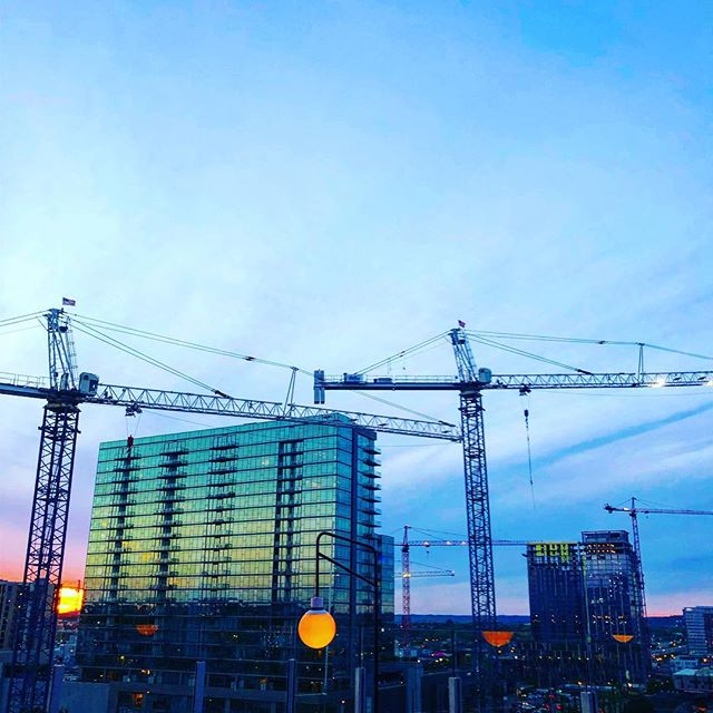 15 cranes on this skyline #ulifall #boomtown