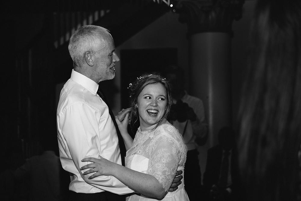 Bristol-wedding-photography__0145.jpg
