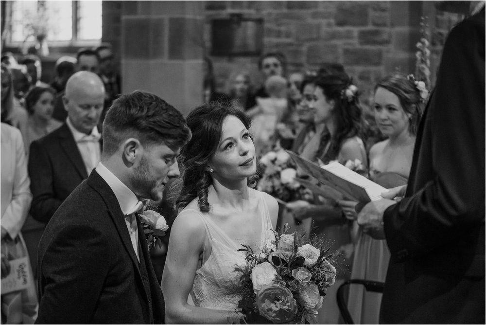 Outdoor-country-wedding-Edinburgh-photographer__0186.jpg