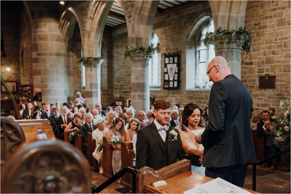 Outdoor-country-wedding-Edinburgh-photographer__0189.jpg
