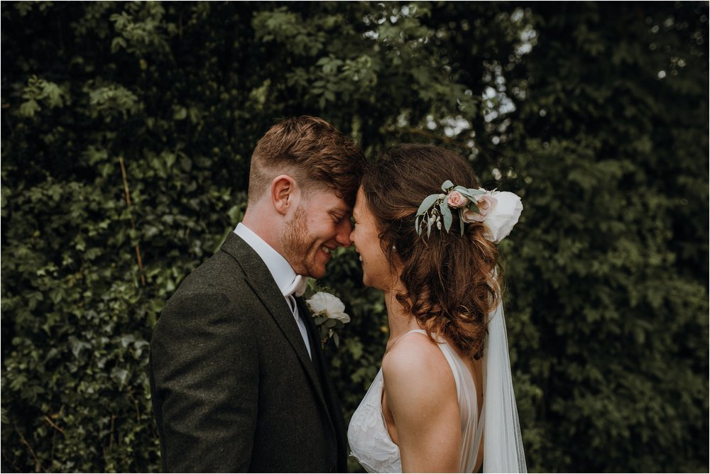 Outdoor-country-wedding-Edinburgh-photographer__0201.jpg