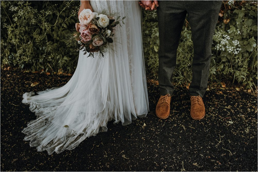 Outdoor-country-wedding-Edinburgh-photographer__0204.jpg