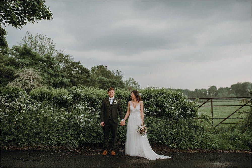 Outdoor-country-wedding-Edinburgh-photographer__0205.jpg