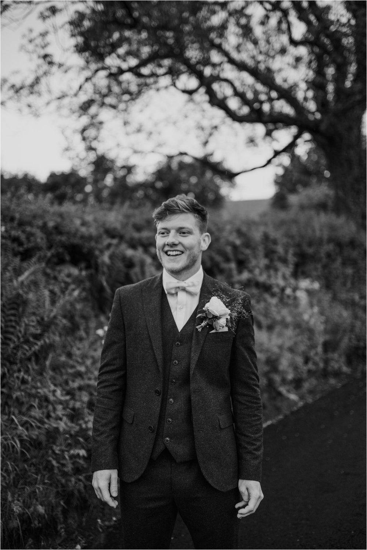 Outdoor-country-wedding-Edinburgh-photographer__0213.jpg