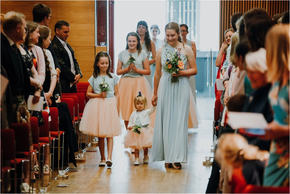 Edinburgh-barn-wedding-photographer_32.jpg