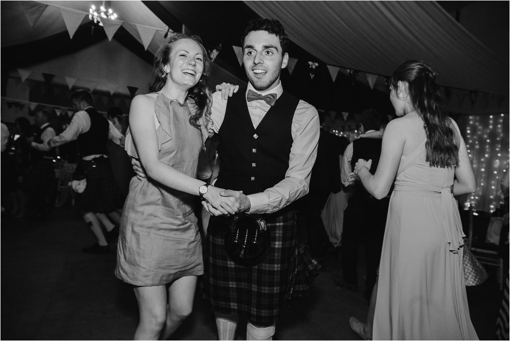 Edinburgh-barn-wedding-photographer_113.jpg