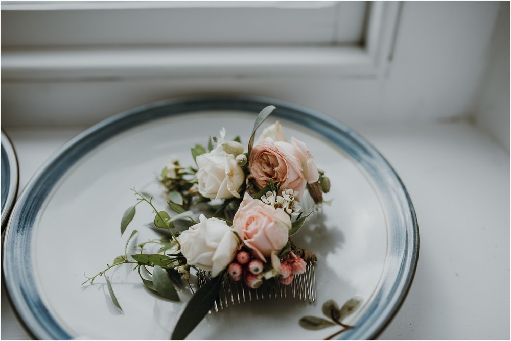 Outdoor-country-wedding-Edinburgh-photographer__0163.jpg