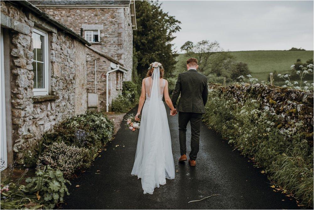Outdoor-country-wedding-Edinburgh-photographer__0200.jpg