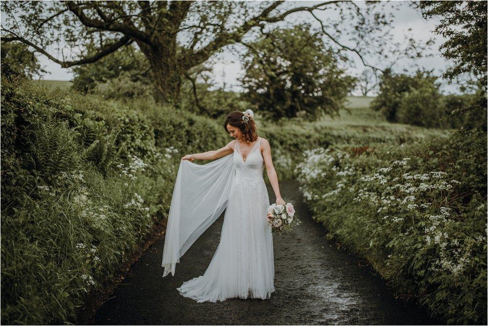 Outdoor-country-wedding-Edinburgh-photographer__0211.jpg