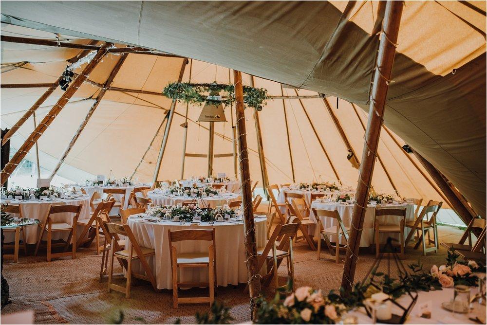 Outdoor-country-wedding-Edinburgh-photographer__0220.jpg
