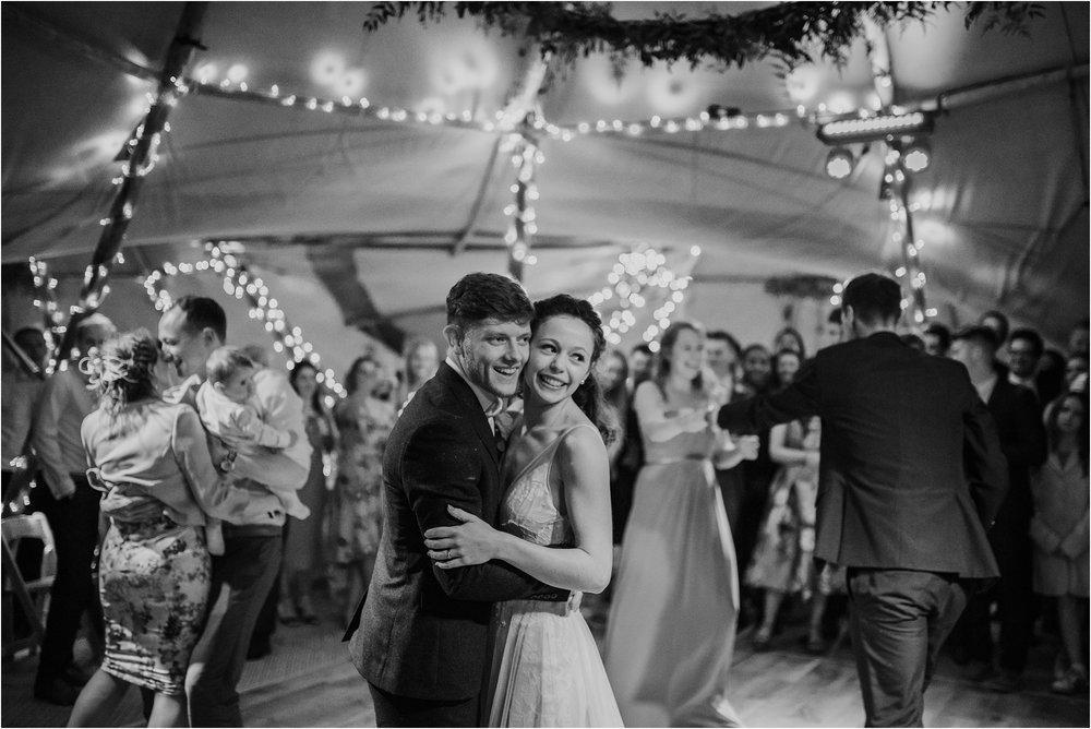 Outdoor-country-wedding-Edinburgh-photographer__0252.jpg