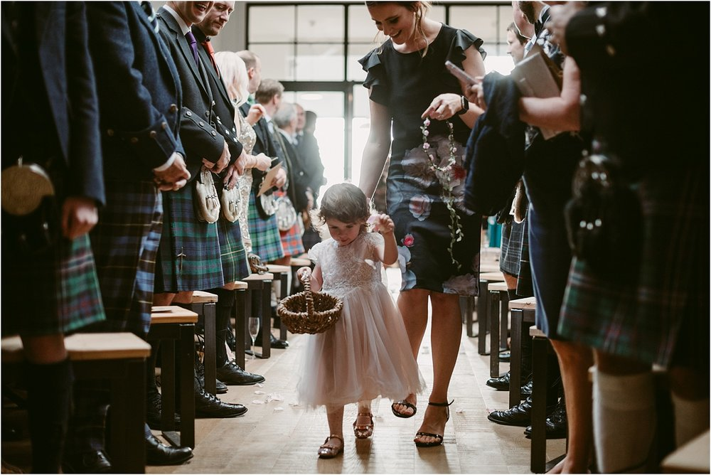 Guardswell_Farm_wedding_photography_Claire_Fleck__0041.jpg