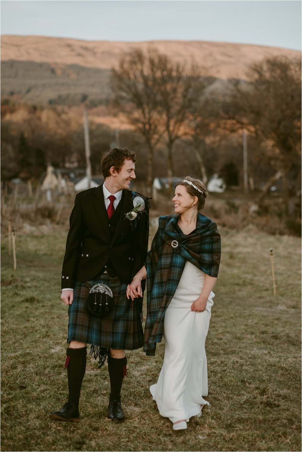 Kinlochard-village-hall-scottish-wedding-claire-fleck-photography__0099.jpg