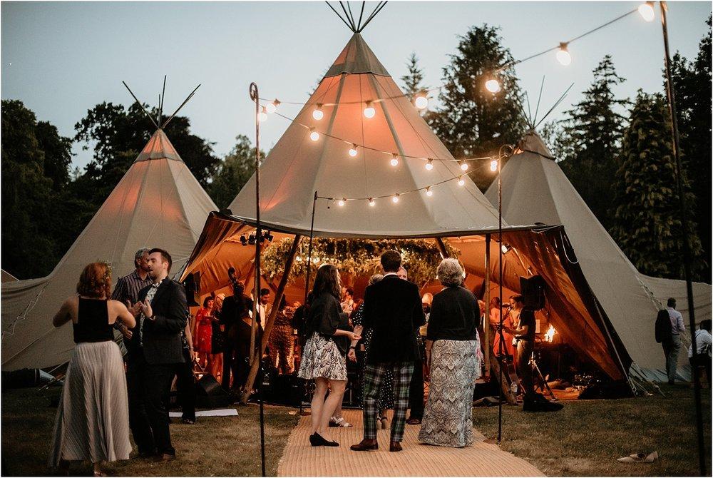 Kailzie-Gardens-Wedding-Photography__0060.jpg