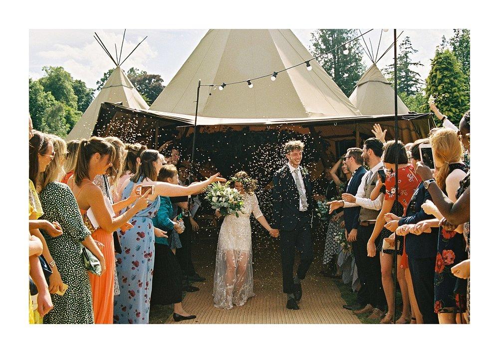 Kailzie-Gardens-Wedding-Photography__0071.jpg