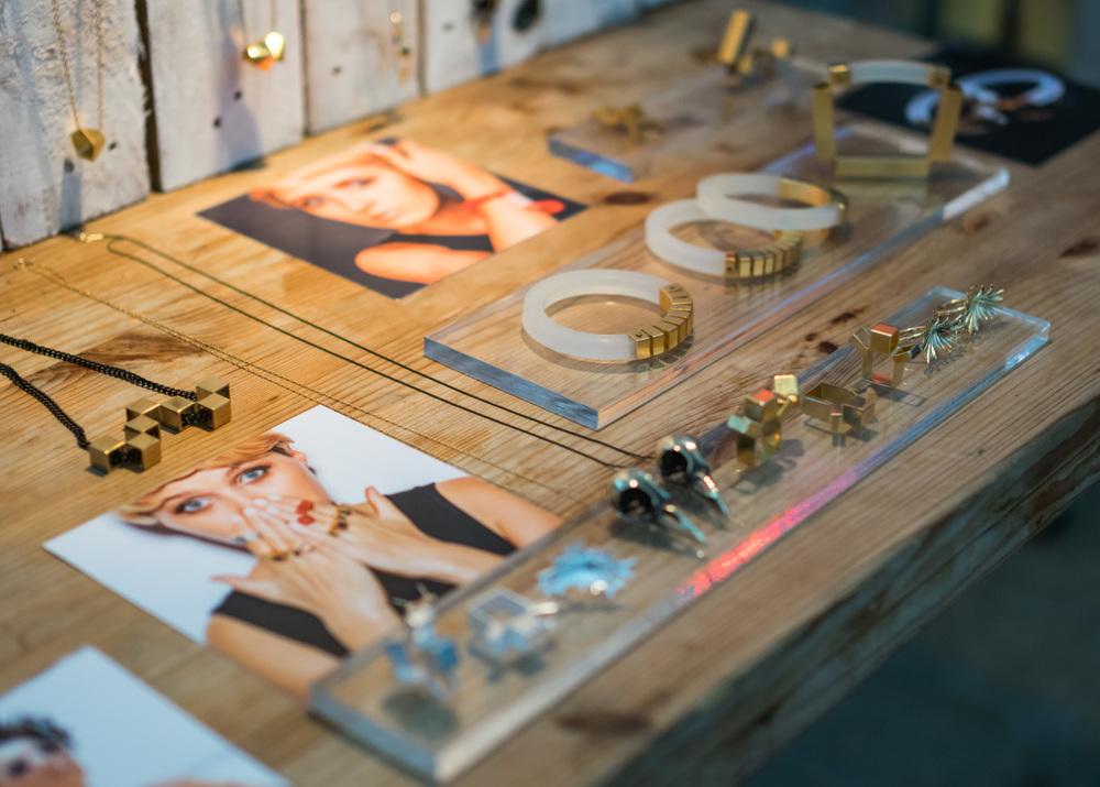 LIA Elnatan Jewelry Designer