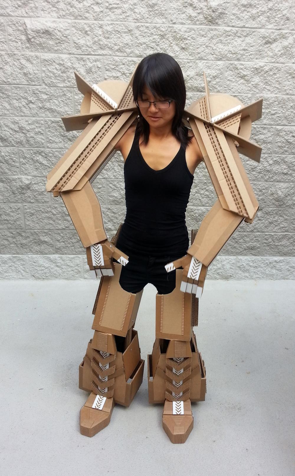 Cardboard Robonoid