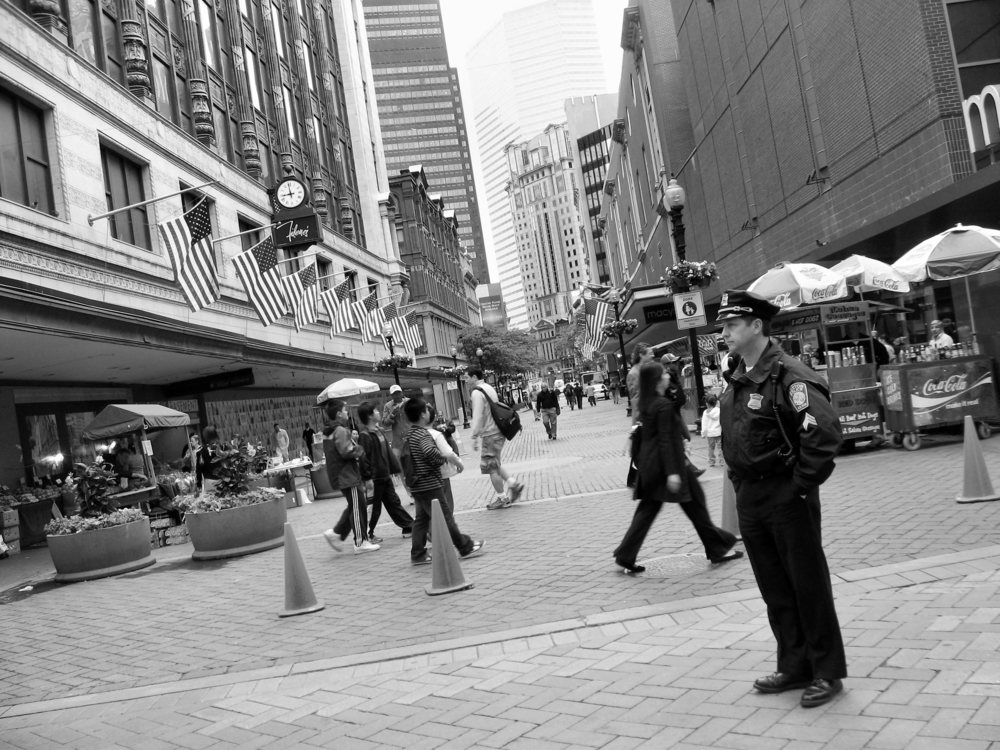 Downtown Crossing June 2009_B&W.jpg