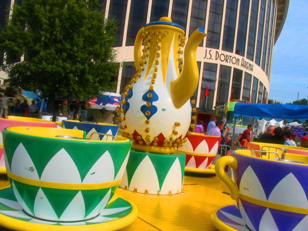2006_16_10 038 teacups.jpg