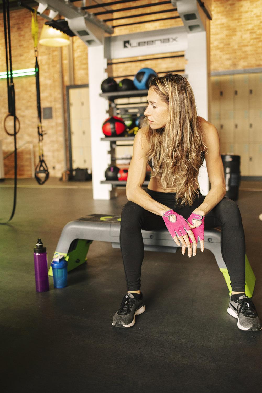 Fitness model coach Emily Haug Carmen Wong Fisch Photography EVO Gym