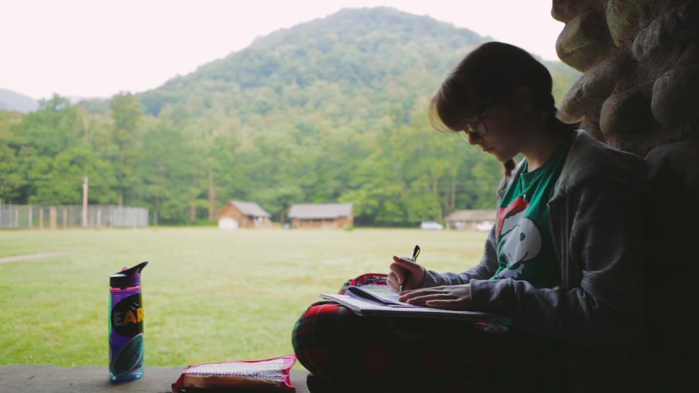 girl-journaling.jpg