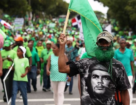Green Che - Reuters.jpg