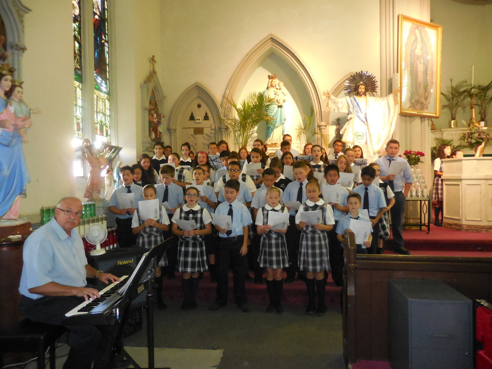 Begginhing of school Mass 001.jpg